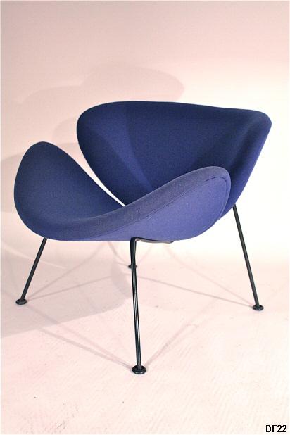 fauteuil orange slice f437 pierre paulin. Black Bedroom Furniture Sets. Home Design Ideas