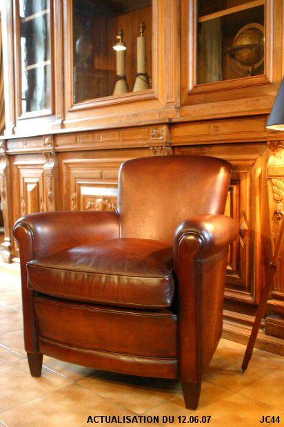 petit fauteuil les nouveaux brocanteurs tous les objets de d coration sur elle maison. Black Bedroom Furniture Sets. Home Design Ideas