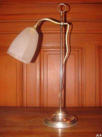 Lampes 1900 tous les objets de d coration sur elle maison for Lampe de bureau london