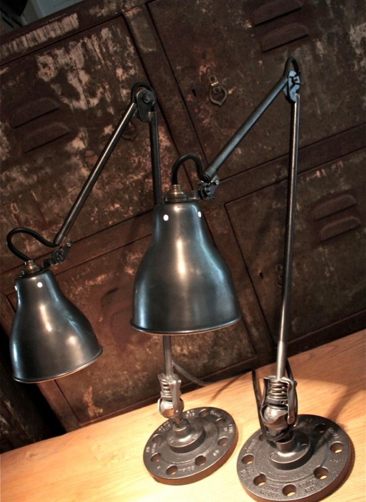 Paire de lampes industrielles for Lampes industrielles d occasion
