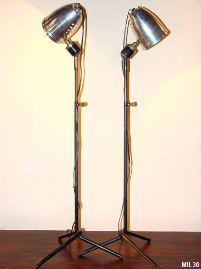 Lampes de lecture for Lampe sur pied style industriel
