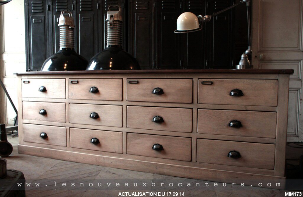 meuble de mercerie. Black Bedroom Furniture Sets. Home Design Ideas
