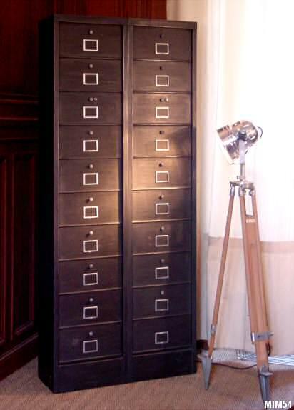 classeur m tal tous les objets de d coration sur elle maison. Black Bedroom Furniture Sets. Home Design Ideas