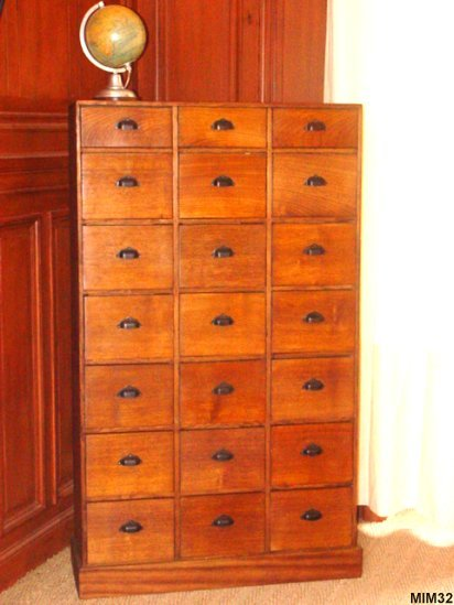 meuble de m tier vers 1950. Black Bedroom Furniture Sets. Home Design Ideas
